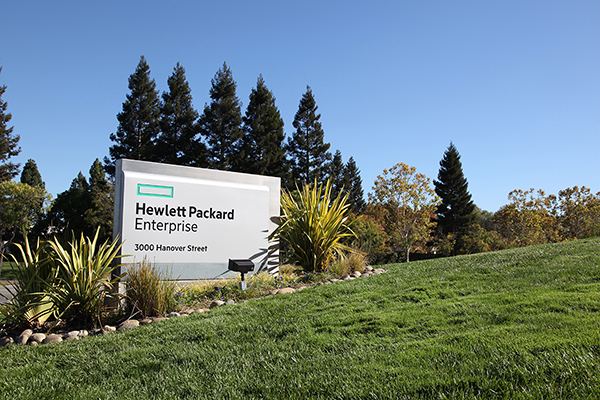 New Hewlett Packard Enterprise branding replaces legacy logo on Palo Alto, CA headquarters street sign. CREDIT: Hewlett Packard Enterprise